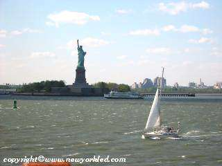 Pic of Sailboat and Statue of Liberty