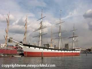 Photo of the Wavertree Ship